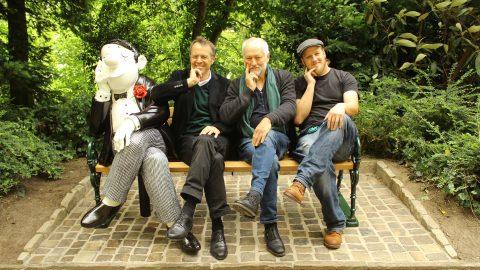 Vier Herren auf der Parkbank